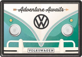 VW Adventure  Awaits Metalen Postcard 10 x 14 cm.