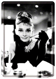 .Audrey Hepburn Photo Metalen Postcard 10 x 14 cm.