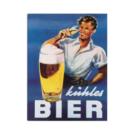 Kühles Bier. Koelkastmagneet 8 cm x 6 cm.
