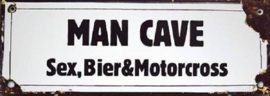 Man Cave Sex Bier & Motorcross.