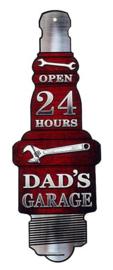 Dad's Garage Open 24 Hours . Metalen wandbord 50 x 20 cm.