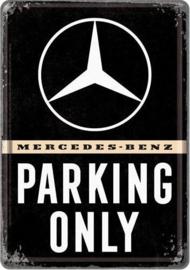 Mercedes-Benz Parking Only  Metalen Postcard 10  x 14 cm.