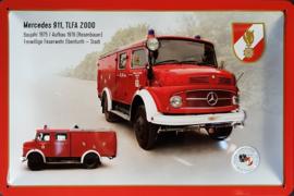 Mercedes 911 TLFA 2000 1975 Brandweer. Metalen wandbord in reliëf 20 x 30 cm.