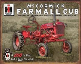 Farmall Cub. Metalen wandbord 31,5 x 40,5 cm.