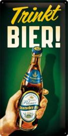 Trinkt Bier Metalen wandbord in reliëf 25 x 50 cm.