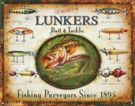 Lunkers Bait & Tackle Metalen wandbord 31,5 x 40,5 cm.
