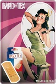 Pin Up BandTex  Metalen Postcard 10 x 14 cm