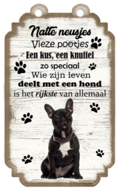 Bulldog Zwart. Houten tekstbordje met hond 20 x 12 cm.