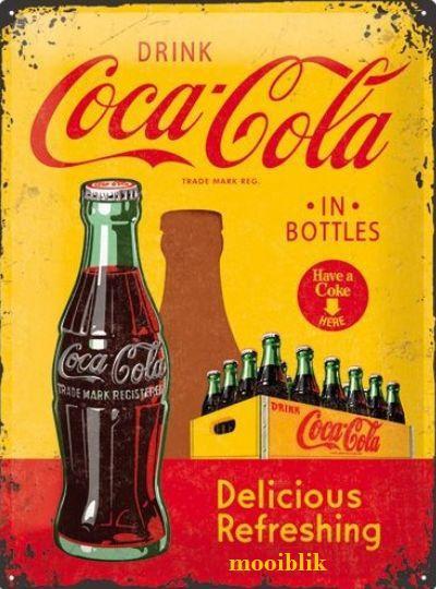 Coca Cola in Bottles Metalen wandbord in reliëf 30x40 cm