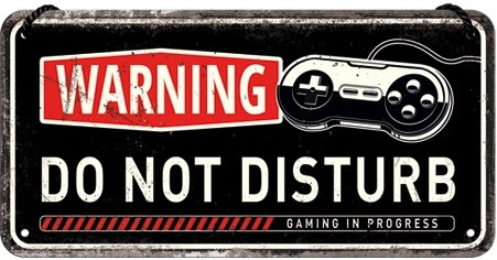 Do Not Disturb Gaming in progres​. Metalen wandbord 10 x 20 cm.
