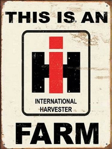 This Is An I H Farm Metalen wandbord 31,5 x 40,5 cm.