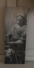 Melkmeisje op paneel 20 x 55 cm sober