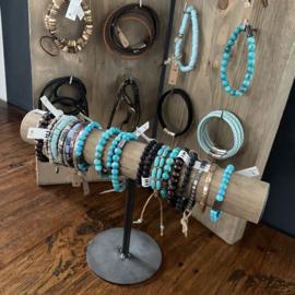 Armbanden standaard  'INDUSTRIAL LOOK'