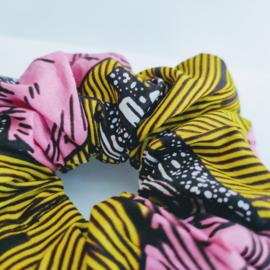 Geel gestreepte scrunchie van Afrikaanse stof