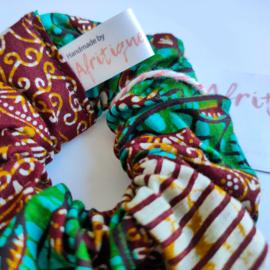 Groen/Bruine scrunchie van Afrikaanse stof