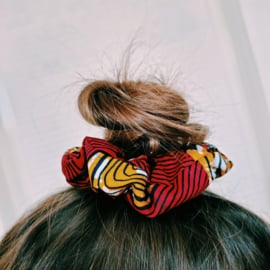 Rood/Bruin scrunchie van Afrikaanse stof