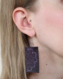 Paarse Afrikaanse oorbellen hangers