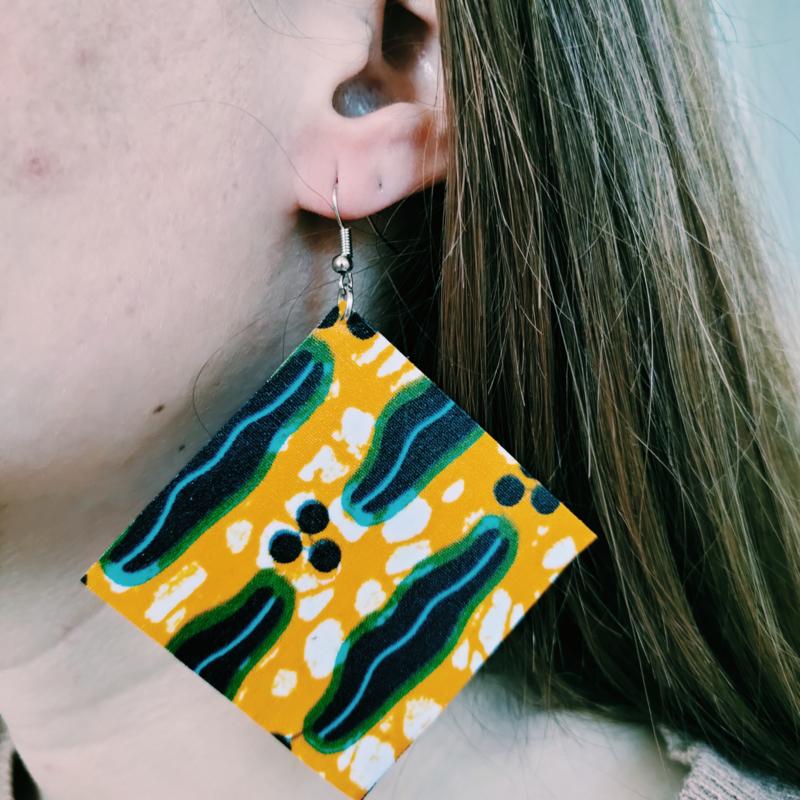 Grote gele met blauw Afrikaanse oorbellen hangers