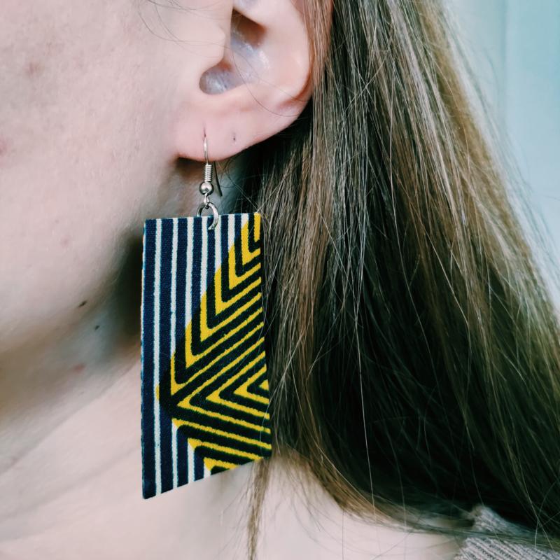 Blauwgestreepte Afrikaanse oorbellen hangers