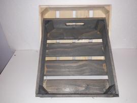 Houten kistje m.greep oud hout 29,5*26*7 cm