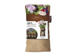 Hangtuintje met diverse soorten bloemen/vruchten