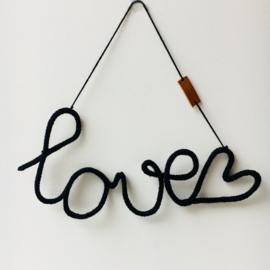 Punnikwoord ' Love' zwart