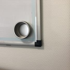 Magnetische opbergblikjes met venster