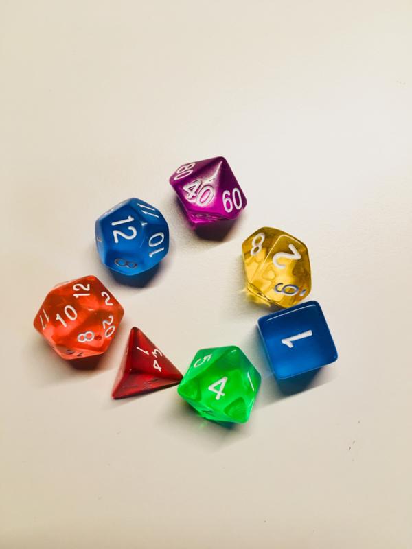 Set van 7 dobbelstenen
