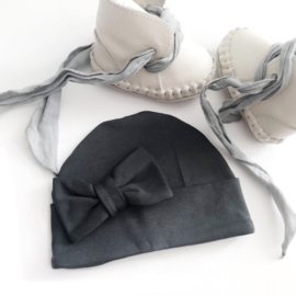 "Bow hat ""Antraciet"""