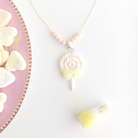 "Necklace candy ""Spek lollie"""