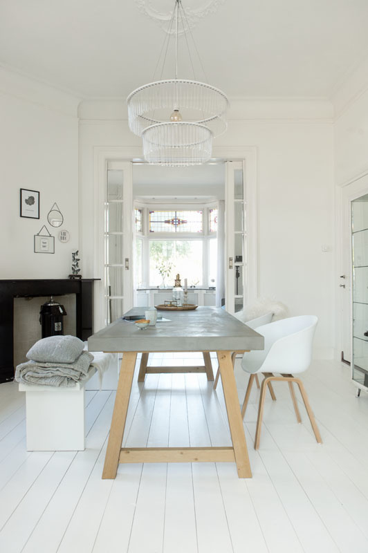 Base Beton tafel Hjalmar