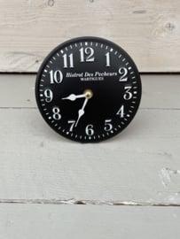 Decoratief schuin staand klokje