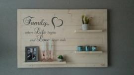 Wandbord steigerhout met tekst Family 2
