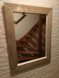 Spiegels van steigerhout