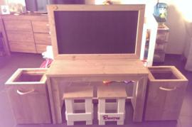 Kinder Bureau met krijtbord van steigerhout