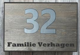 Naambordje steigerhout antraciet omrand  RVS-look huisnummer