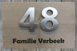 Naambordje steigerhout met echte RVS cijfers