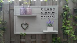 Wandbord steigerhout met tekst Plant grow harvest