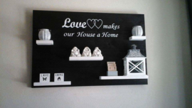 Wandbord steigerhout met tekst Love makes our house a home