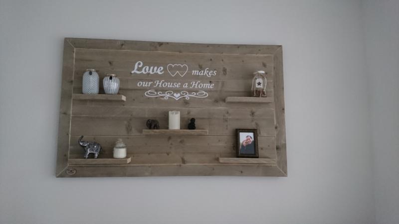 Wandbord steigerhout Love makes