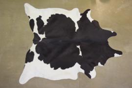 Koeienhuid zwart wit ZW8