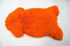 Gekleurde schapenvacht orange.