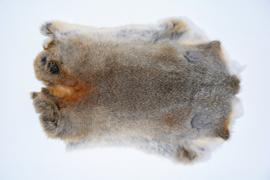 konijnenvachten of konijnenhuiden.