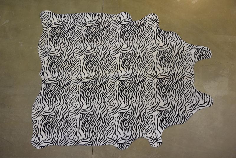 Fantasie koeienhuid zilver prent motief F122