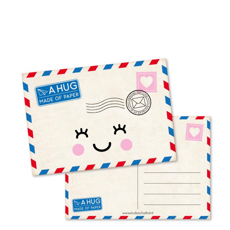 a hug made of PAPER   kaarten