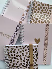 Notitieboek met elastiek naar keuze!    Pink Leopard