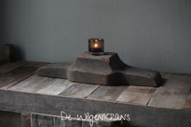 Oud houten ornament A