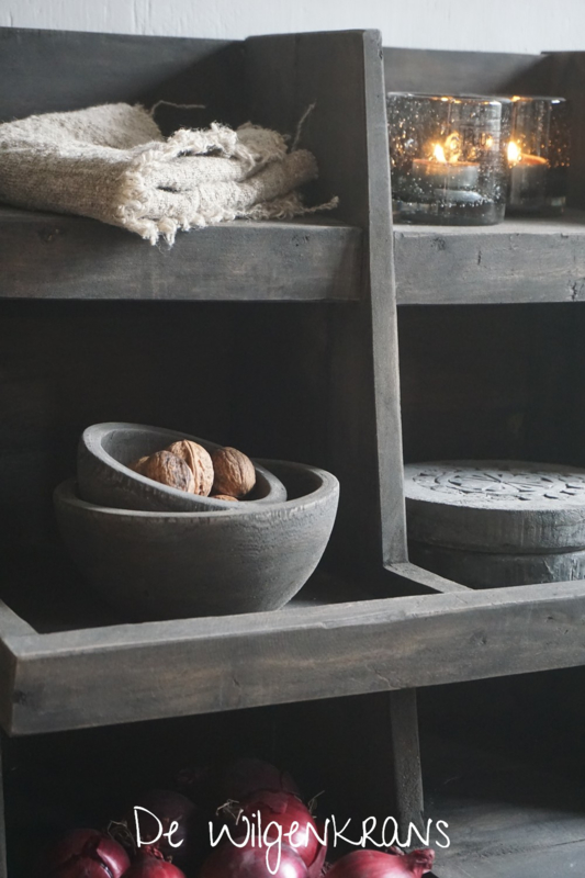Set van 2 oud houten schaaltjes