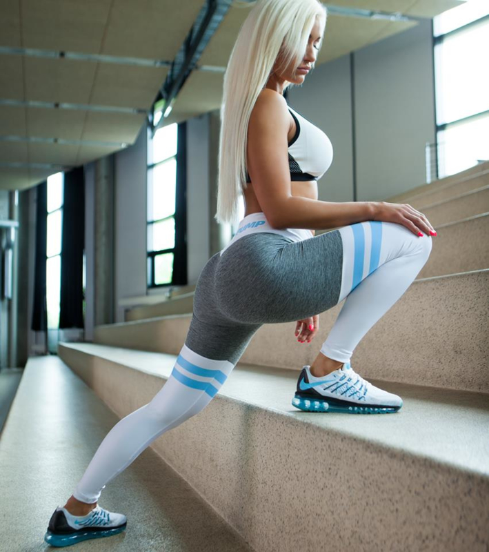 CRITICAL PUMP SPLIT - BABY BLUE FITNESSLEGGING