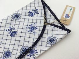 Delftsblauw sloopje met bloemen